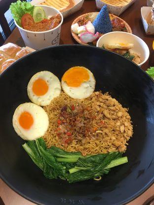 Foto 3 - Makanan di Warung Wakaka oleh RI 347 | Rihana & Ismail