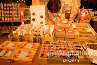Foto 8 - Interior di Pipiltin Cocoa oleh Darsehsri Handayani