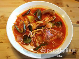 Foto Makanan di Holy Noodle