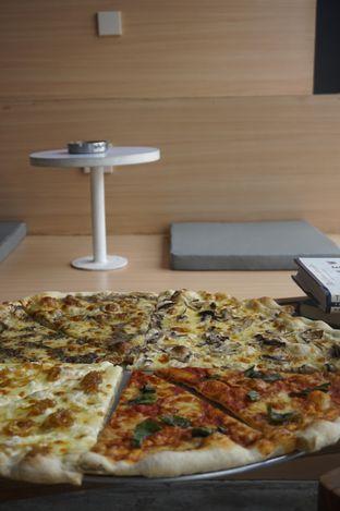 Foto review Sliced Pizzeria oleh yudistira ishak abrar 10