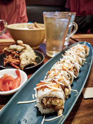 Foto 1 - Makanan di Sushi Bar oleh Eva Fz