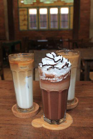 Foto 30 - Makanan di Ragil Coffee & Roastery oleh Prido ZH