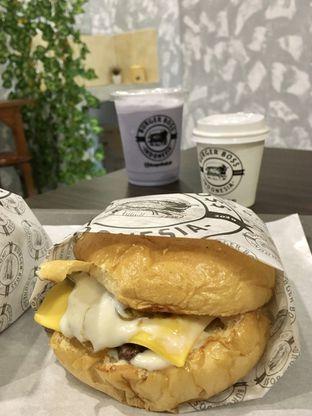 Foto 13 - Makanan di Burger Boss oleh Prido ZH