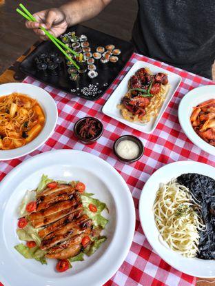 Foto review School Food Blooming Mari oleh Astrid Huang | @biteandbrew 1
