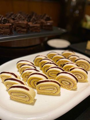 Foto review Pelangi Cafe - Ambhara Hotel oleh Yohanacandra (@kulinerkapandiet) 11