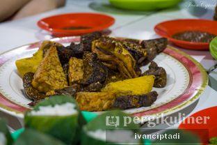 Foto 3 - Makanan di Nasi Uduk Kebon Kacang Puas Hati oleh Ivan Ciptadi @spiceupyourpalette