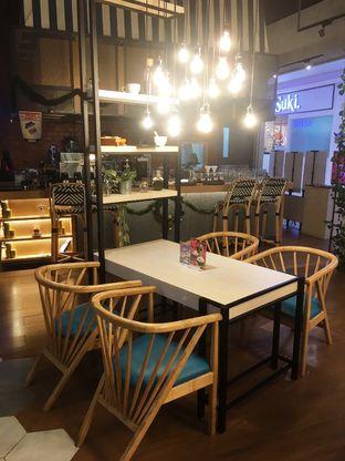 Foto 4 - Interior di Mokka Coffee Cabana oleh Prido ZH