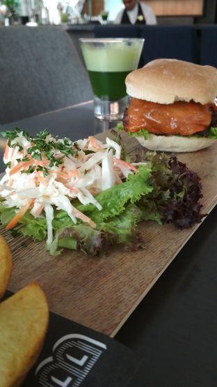 Foto review Gourmet Bar - Hotel Novotel Mangga Dua oleh Raka Pradipta 2