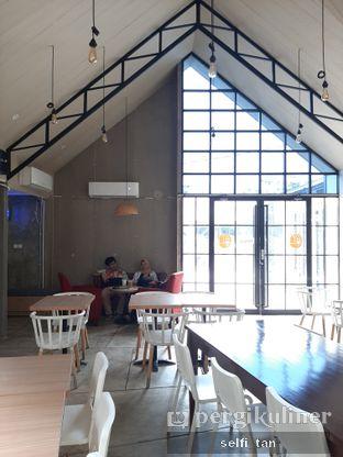 Foto review Roemah Coffee Eatery & Hub oleh Selfi Tan 4