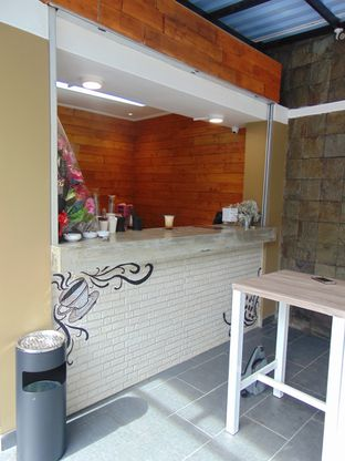 Foto 4 - Interior di Gluck Gluck oleh Kuliner Addict Bandung