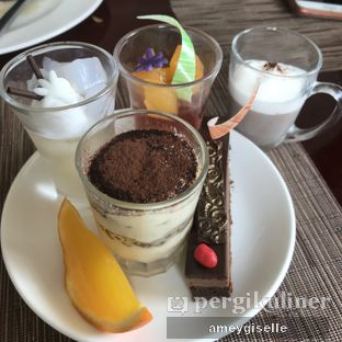 Foto review The Cafe - Hotel Mulia oleh Hungry Mommy 7