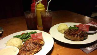 Foto - Makanan di Steak Hotel by Holycow! oleh Meri @kamuskenyang