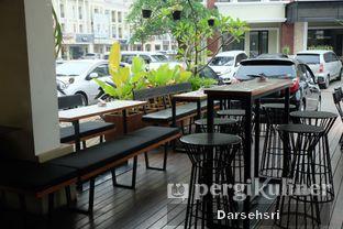 Foto 10 - Interior di Demeter oleh Darsehsri Handayani