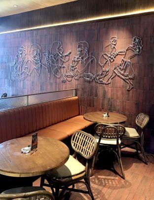 Foto 6 - Interior di FLYNN Dine & Bar oleh Andrika Nadia