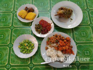 Foto 1 - Makanan di Sunda Prasmanan Cikajang oleh Tirta Lie