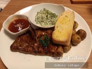 Foto 1 - Makanan di B'Steak Grill & Pancake oleh Debora Setopo