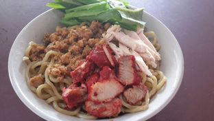 Foto - Makanan di Bakmi Karet Planet oleh foodfaith
