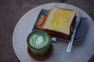 Foto 2 - Makanan(Club Sandwich dan Calatte) di Serantau Coffee x Space oleh Fadhlur Rohman