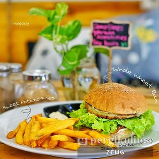 Foto 10 - Makanan(sanitize(image.caption)) di Mars Kitchen oleh @teddyzelig