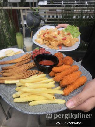Foto 2 - Makanan di Kedai Be em oleh a bogus foodie