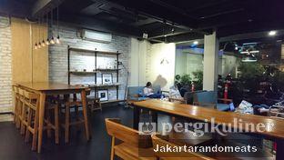 Foto 8 - Interior di Kanawa Coffee & Munch oleh Jakartarandomeats