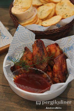 Foto 3 - Makanan di Lox Smoked Salmon oleh AndaraNila