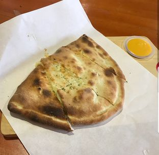 Foto review Master Cheese Pizza oleh The Fat Deers 2