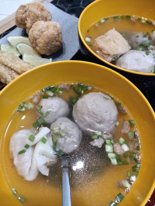 Foto 1 - Makanan di Buka Baju oleh Fensi Safan
