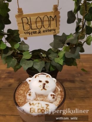 Foto review Bloom Coffee & Eatery oleh William Wilz 1