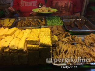 Foto 3 - Makanan di Nasi Uduk Kiko Sari oleh Ladyonaf @placetogoandeat