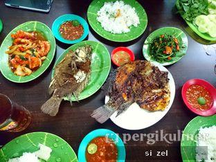 Foto - Makanan di Ikan Nila Pak Ugi oleh Zelda Lupsita