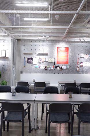 Foto 9 - Interior di Tu7uhari Coffee oleh yudistira ishak abrar