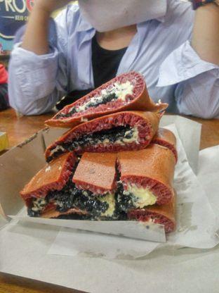 Foto 1 - Makanan(Martabak Red Velvet - Keju - Oreo) di Martabak Nikmat Andir oleh Fadhlur Rohman