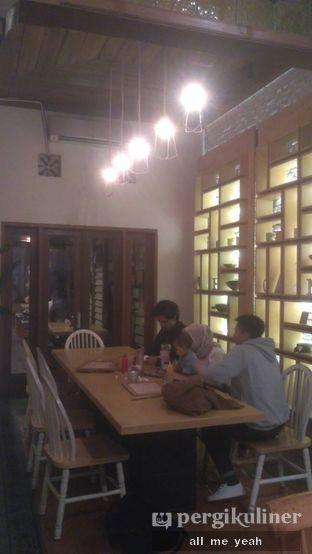 Foto 6 - Interior di Hummingbird Eatery oleh Gregorius Bayu Aji Wibisono