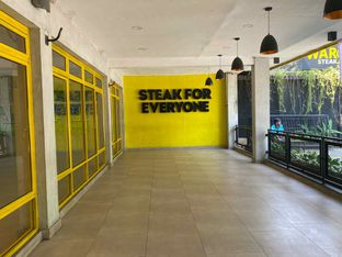 Foto 4 - Interior di Waroeng Steak & Shake oleh Femmy Monica Haryanto