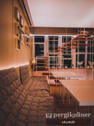 Foto 3 - Interior di Turning Point Coffee oleh Syifa