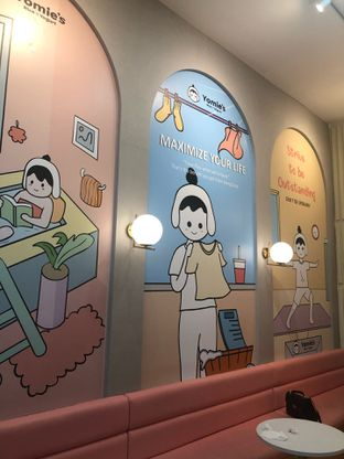 Foto 4 - Interior di Yomie's Rice X Yogurt oleh Vionna & Tommy