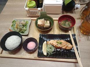 Foto 2 - Makanan di Japonika Sushi & Gozen oleh devina nagali