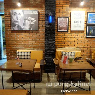 Foto 3 - Interior di Bulaf Cafe oleh Ladyonaf @placetogoandeat