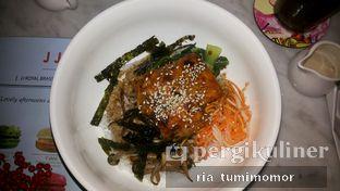 Foto 6 - Makanan di JJ Royal Brasserie oleh riamrt