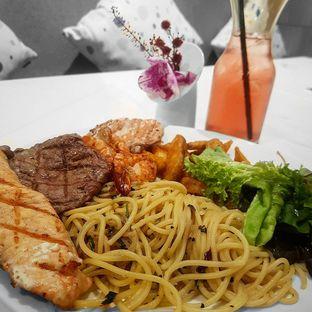 Foto - Makanan(King's Meal For Two) di Lewis & Carroll Tea oleh Eric  @ericfoodreview