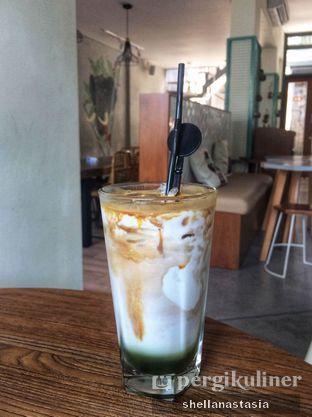 Foto 3 - Makanan(Pandan Latte) di Hi, Brew! Coffee & Eatery oleh Shella Anastasia