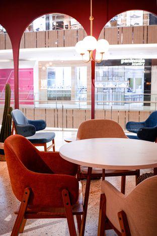 Foto 7 - Interior di 11:11 Coffee oleh Indra Mulia