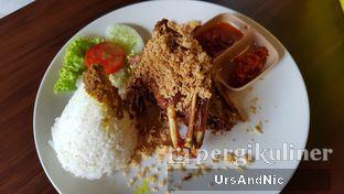 Foto 10 - Makanan(Nasi putih Bebek Kremes Dada) di Pondok Suryo Begor oleh UrsAndNic