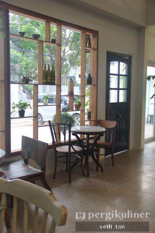 Foto 5 - Interior di Ombe Kofie oleh Selfi Tan