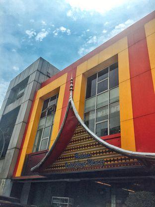 Foto 4 - Eksterior di RM Indah Jaya Minang oleh Astrid Huang | @biteandbrew