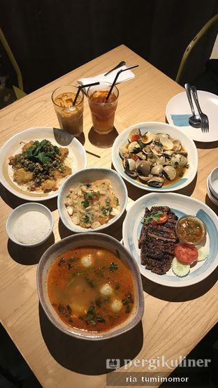 Foto 6 - Makanan di Tomtom oleh riamrt