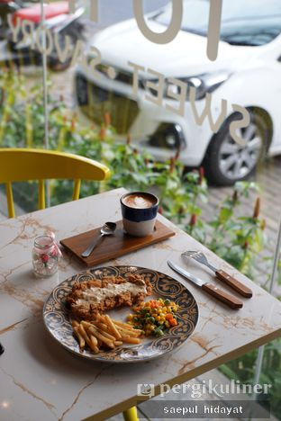 Foto 3 - Makanan di Turn On Coffee & Eatery oleh Saepul Hidayat