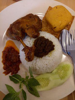 Foto 1 - Makanan di Pak Qomar - Bebek & Ayam Goreng oleh @duorakuss