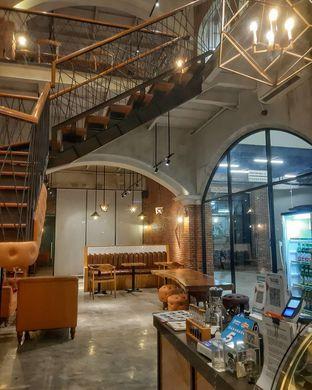 Foto 5 - Interior di Wake Cup Coffee oleh Daniel Wijaya